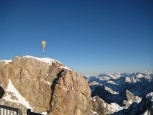 Garmisch-Partenkirchen: Gipfelkreuz der Zugspitze