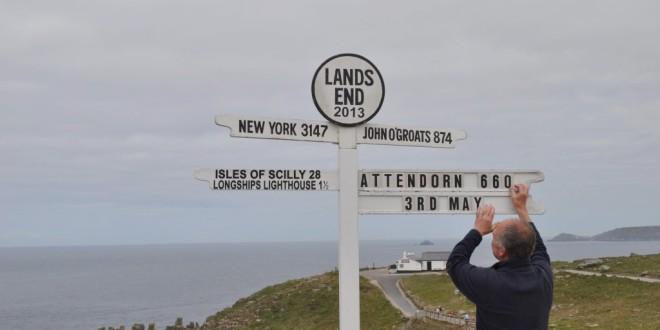 Das Schild am Ende der Welt: Der Lands End Signpost